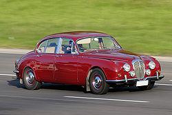 Jaguar Daimler Super V8