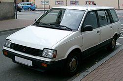 Mitsubishi Space Wagon 2000 U Kat.