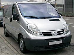 Nissan Primastar Kombi 2.0 dCi 115 DPF